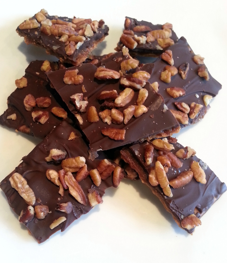 Matzo toffee cookies-001